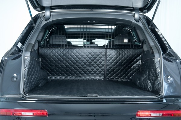 Starliner Deluxe car boot tray black/ black for AUDI Q7 built 2015, image similar