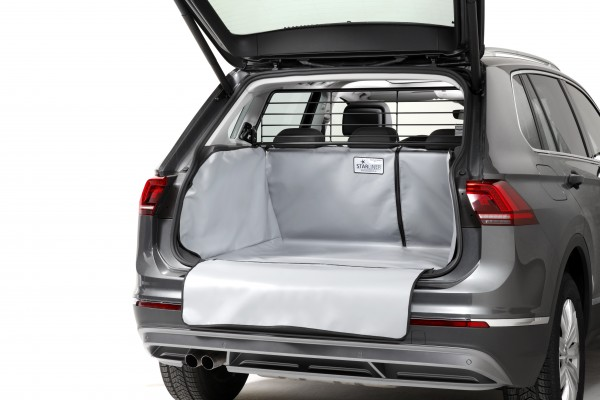 Starliner grey car boot tray for Hyundai Santa Fe, built 2018, image similar