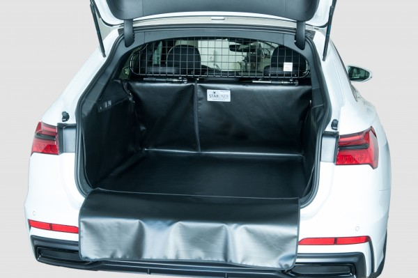Starliner black car boot tray for Renault Clio Grand Tour IV. Generation built 2013, image similar