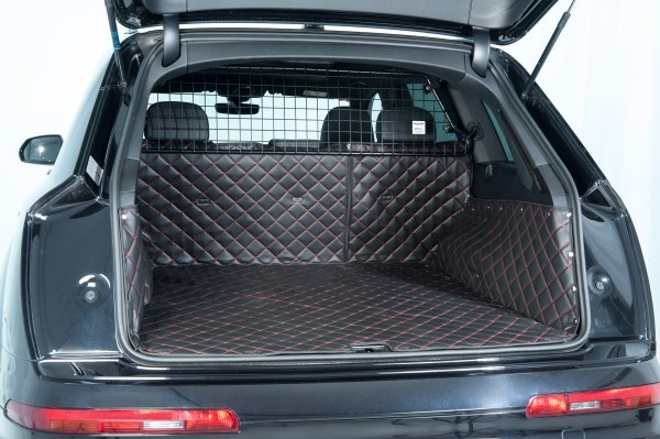 Starliner Deluxe car boot tray black/ rot for VW - Tiguan II Allspace, built 2017, 5-seater, image similar